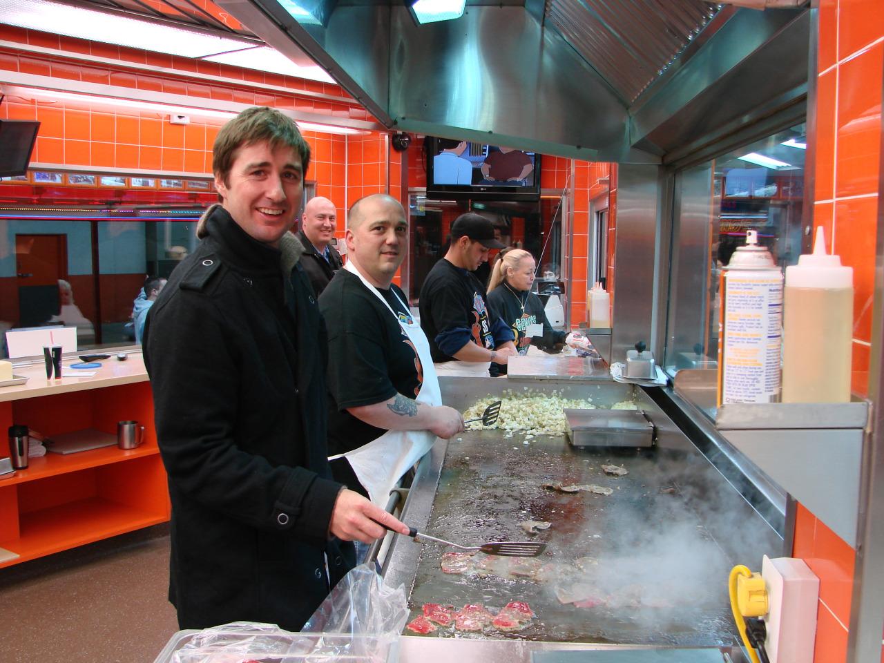 Luke Wilson at Geno's Steaks