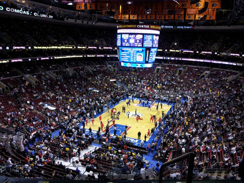 November is a Great Time to Catch some Philadelphia Sports!