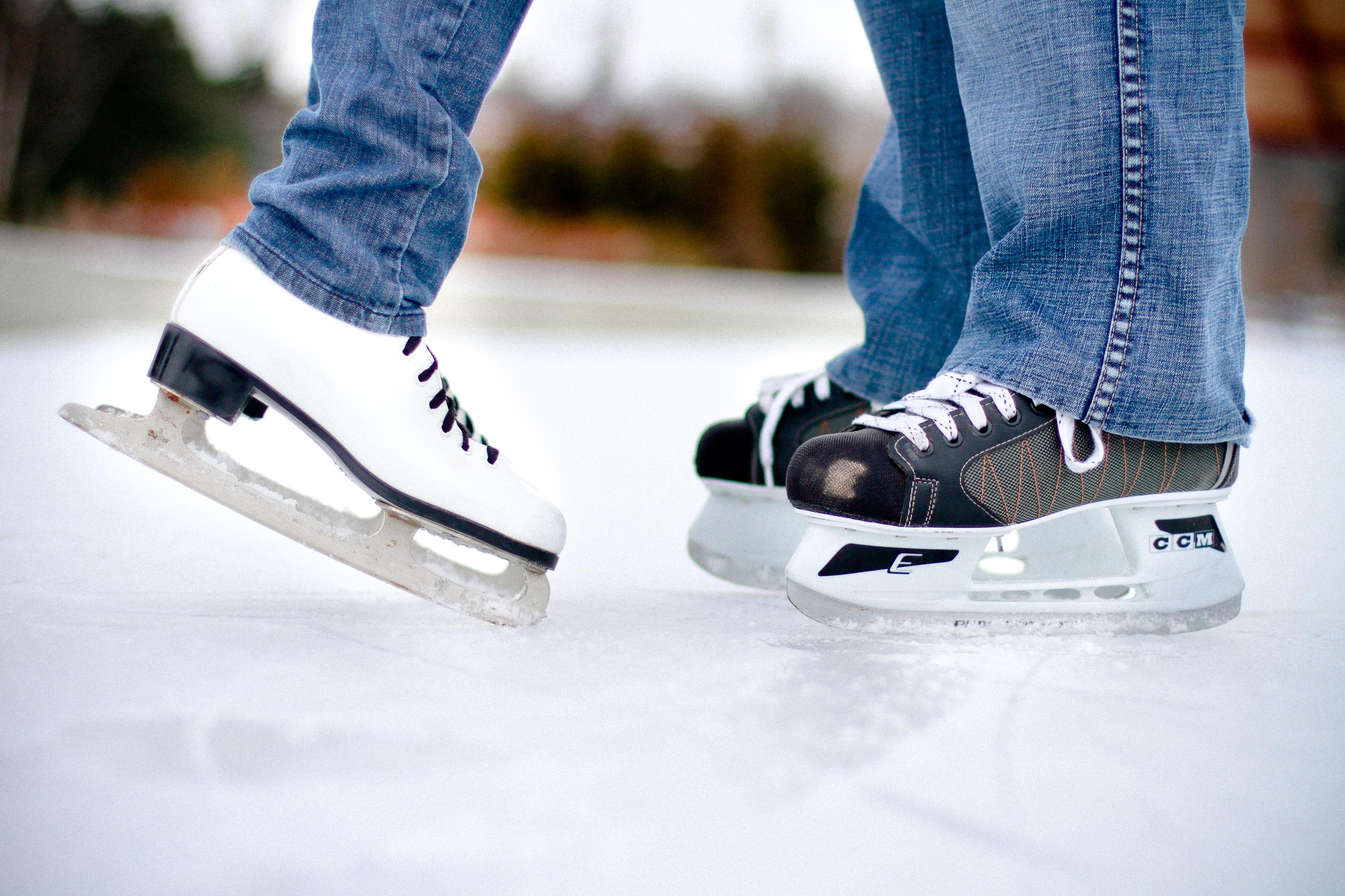 philadelphia outdoor ice skating rinks geno u0027s steaks