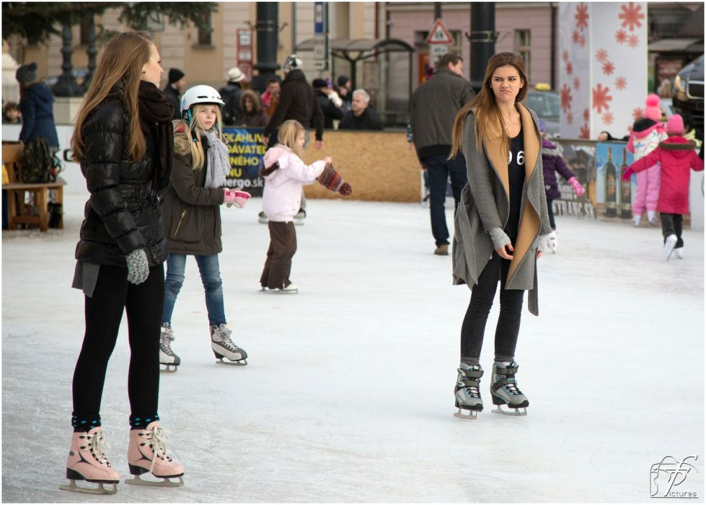 Warm Up with Ice Skating and Cheesesteaks in Philly this November!