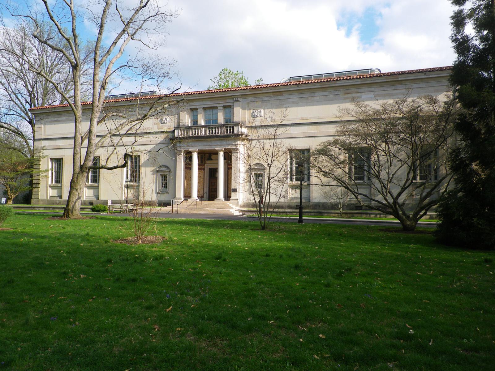 Barnes Foundation on the Philadelphia Parkway   Geno's ...
