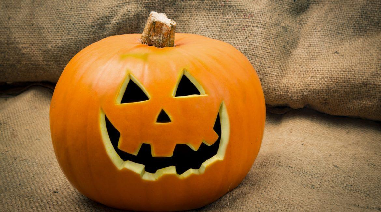 Halloween in Philadelphia - cheesesteak in Philly