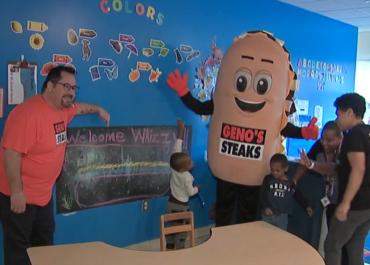 Whizzy Makes Stop at Philly School